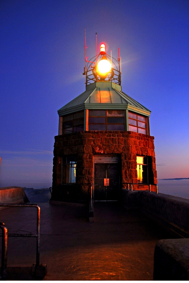 Mt Diablo Beacon Lit_Clayton Worsdell